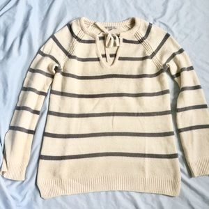 ❄️GAP Cream & Grey Striped Sweater